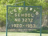 LEWISWYN School District # 3272, 1920-1953, SE corner of the SE quarter of section 25 Tsp 29 Rge 19 W of the 2 Meridian, Near Raymore, Province of Saskatchewan, and Lewiswyn post office SE 14-29-19-W2,