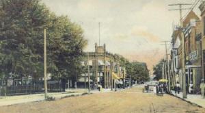 town_square.jpg (12719 bytes)