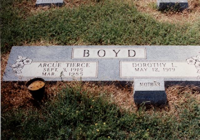 Tombstone of Arcue Tierce and Dorothy L. Boyd