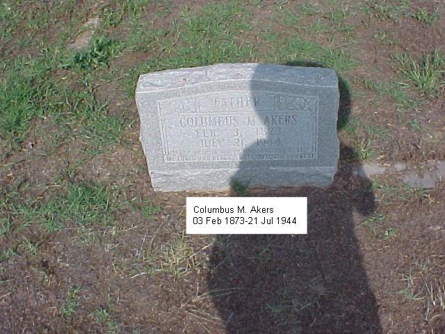 Tombstone of Columbus M. Akers