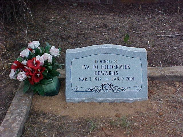 Tombstone of Iva Jo Loudermilk Edwards