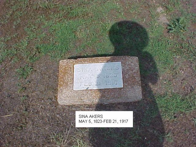Tombstone of Sina Akers