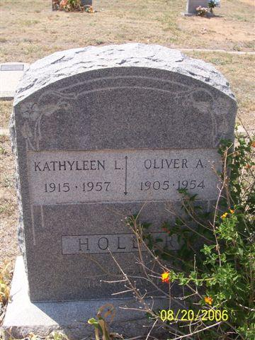 Tombstone of Oliver and Kathyleen Hollar