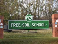 Free Soil School District 1921memorial in Liberty Saskatchewanmentioning nine school districtsSouthwest section 21 township 25 range 25 west of the second meridianWolffton South west section 2 township 26 range 25 west of the second meridianin the province of Saskatchewan