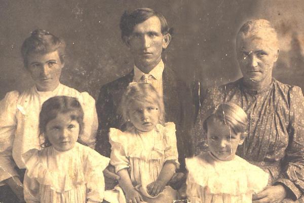 Wellington Elsberry Bryson Family