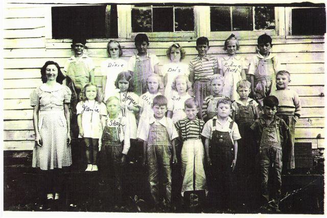 Ivy Log School, 1940
