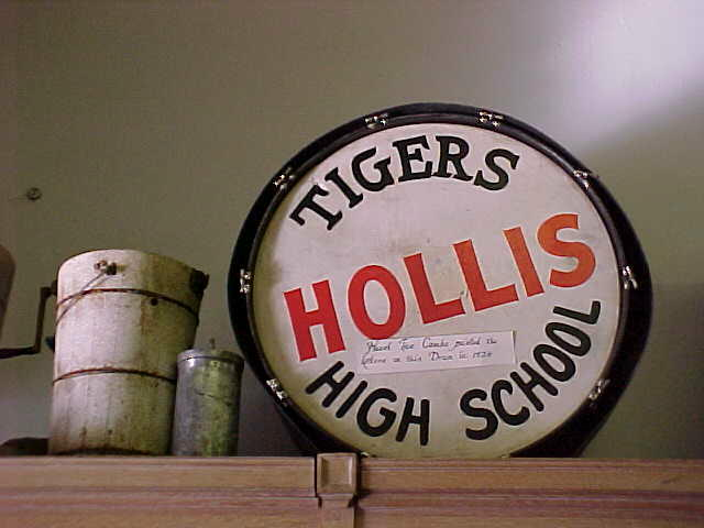 Hollis Drum