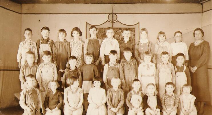2nd grade class, Proctor, 1935-1936