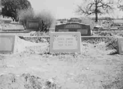 Dora's tombstone