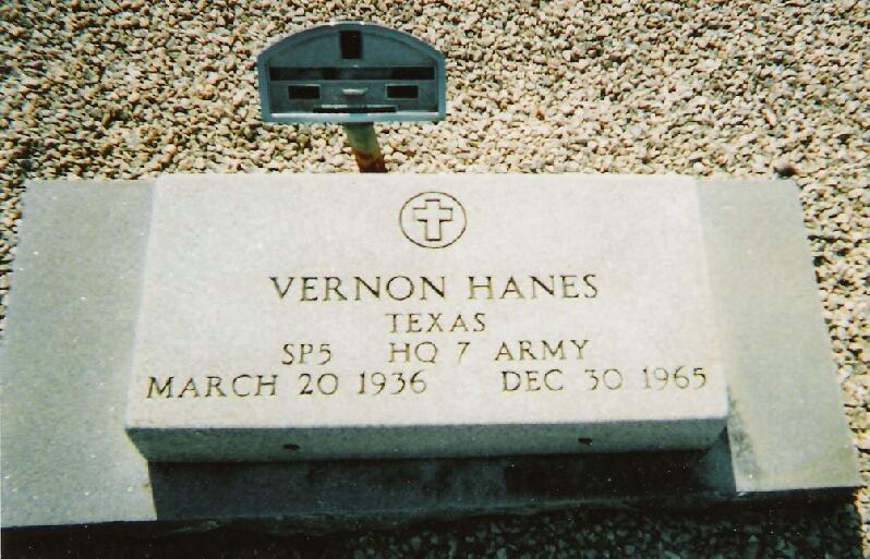 Tombstone of Vernon Hanes