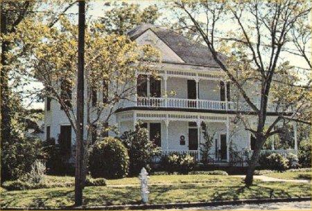 Description: Chappell Home
