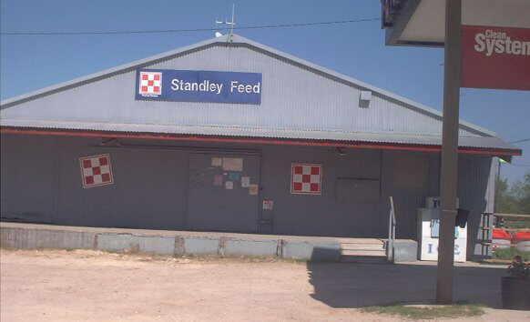 Description: Standley Feed, Iola