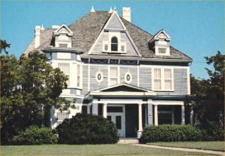 Description: Charles Jacoby Home